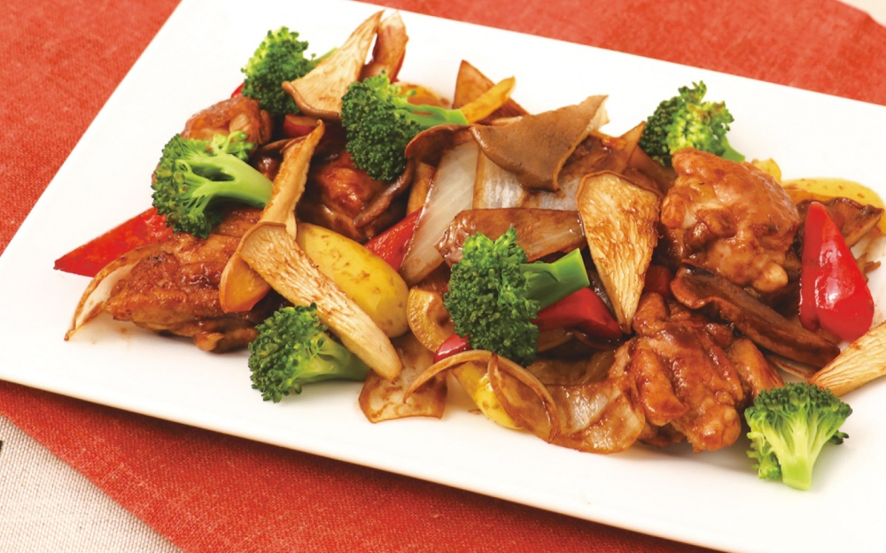 黒あわび茸と鶏肉のソテーバルサミコソース